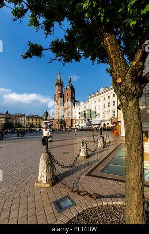 Europe, Poland, Lesser Poland, Cracow / Krakow, The Cloth Hall, Main Square and St. Mary's Basilica - Stock Photo