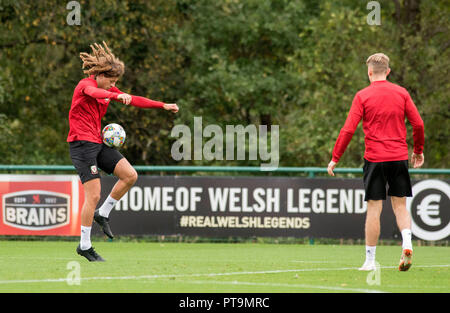 Cardiff, UK. 8th Oct 2018. Vale Resort  - Cardiff - Wales - 8th October 2018 Ethan Ampadu of Wales training ahead of Wales's game against Spain at the Principality Stadium in Cardiff on Thursday evening. Credit: Phil Rees/Alamy Live News - Stock Photo