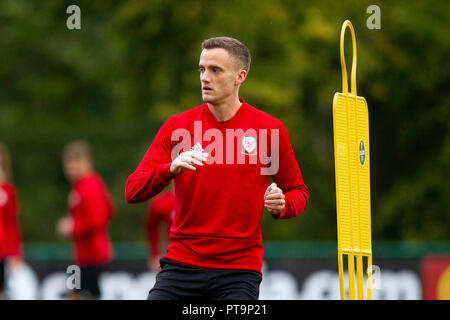 Hensol, Wales, UK. 8th October 2018. Andy King during Wales national team training ahead of the International Challenge match against Spain and the UEFA Nations League match agains Ireland. Credit: Mark Hawkins/Alamy Live News - Stock Photo