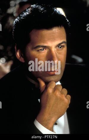 Original film title: THE SHADOW. English title: THE SHADOW. Year: 1994. Director: RUSSELL MULCAHY. Stars: ALEC BALDWIN. Credit: UNIVERSAL PICTURES / NELSON, RALPH / Album - Stock Photo