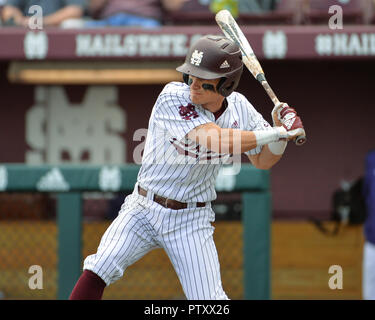 Mississippi, USA.  30th Mar, 2019. Mississippi State outfielder, Jake Mangum (15), at bat during the NCAA baseball game between the LSU Tigers and the Mississippi State Bulldogs at Dudy Noble Field in Starkville, MS. LSU defeated Mississippi State, 11-2. Kevin Langley/Sports South Media/CSM/Alamy Live News - Stock Photo
