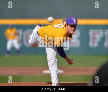 Mississippi, USA.  30th Mar, 2019. LSU pitcher, Eric Walker (10), in action during the NCAA baseball game between the LSU Tigers and the Mississippi State Bulldogs at Dudy Noble Field in Starkville, MS. LSU defeated Mississippi State, 11-2. Kevin Langley/Sports South Media/CSM/Alamy Live News - Stock Photo
