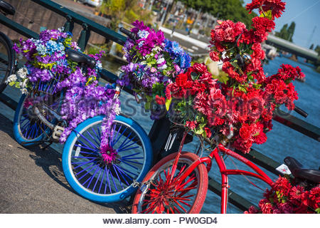 Amsterdam, geschmückte Fahrräder, Decorated Bicycles - Stock Photo