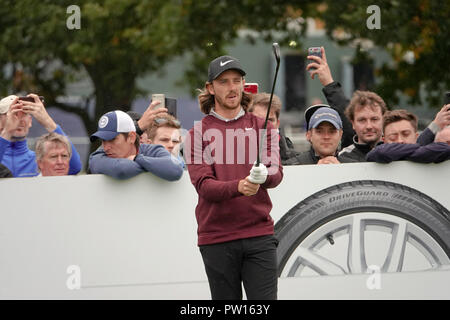 Walton Heath Golf Club,  11th October, 2018.   Tommy Fleetwood lines up his tee shot} on 13th at  the SkySports British Masters golf championship hosted by Justin Rose Credit: Motofoto/Alamy Live News - Stock Photo