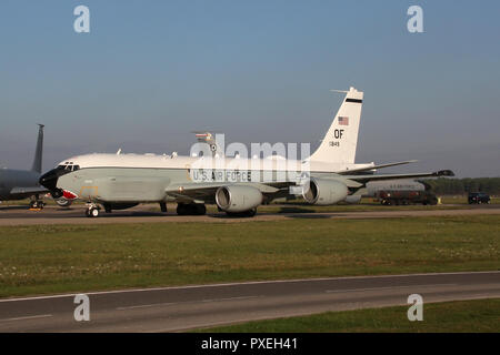 USAF RC-135U 'Combat Sent' taxiing into parking at RAF Mildenhall after returning from a operational sortie to the North East and the Russian coast. - Stock Photo