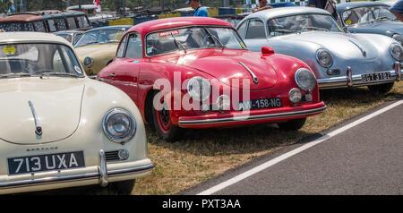 Three vintage Porsche 356 sports cars - Stock Photo