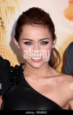 Miley Cyrus  03/25/10 'The Last Song' Premiere  @  ArcLight Cinema, Hollywood Photo by Megumi Torii/HNW / PictureLux  (March 25, 2010) File Reference # 33689_461HNWPLX - Stock Photo