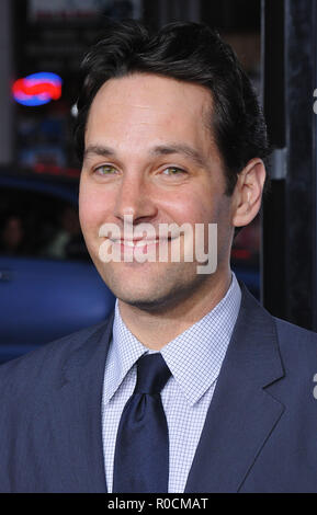 Paul Rudd  -  Forgetting Sarah Marshall Premiere at the Chinese Theatre In Los Angeles.  headshot eye contact smileRuddPaul_34 Red Carpet Event, Vertical, USA, Film Industry, Celebrities,  Photography, Bestof, Arts Culture and Entertainment, Topix Celebrities fashion /  Vertical, Best of, Event in Hollywood Life - California,  Red Carpet and backstage, USA, Film Industry, Celebrities,  movie celebrities, TV celebrities, Music celebrities, Photography, Bestof, Arts Culture and Entertainment,  Topix, headshot, vertical, one person,, from the year , 2008, inquiry tsuni@Gamma-USA.com - Stock Photo