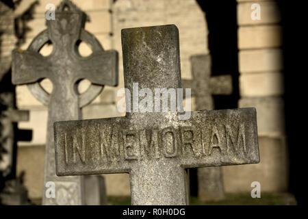 'In Memoriam' gravestone in Brompton Cemetery (Kensington and Chelsea) London, England, UK. - Stock Photo