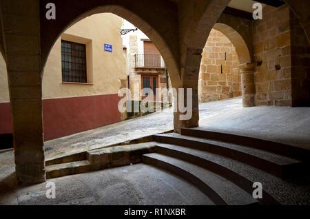 Beseit, a medieval town in the Ports de Tortosa-Puertos de Beceite region - Stock Photo