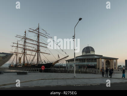RRS Discovery, the last wooden ship built in Britain,is docked beside the V&A design museum as part of the waterfront regeneration scheme in Dundee,UK - Stock Photo