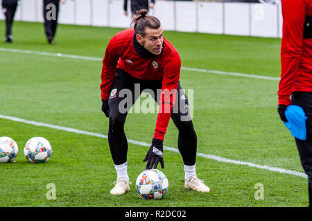 Cardiff, Wales. 15th November, 2018. Wales Gareth Bale trains ahead of their upcoming friendly against Albania. Lewis Mitchell/YCPD. Credit: Lewis Mitchell/Alamy Live News - Stock Photo