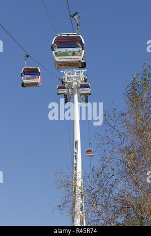 The Emirates Air Line, Greenwich, London. UK. 22nd October 2018.UK. Tourists enjoy the view from the Emirates Air Line over Greenwich, London, October - Stock Photo