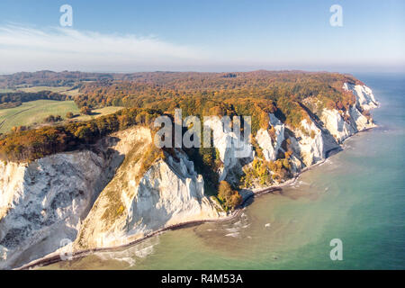 The picturesque coastal landscape of the Danish Baltic Sea island of Møn is known for its chalk cliffs. - Stock Photo