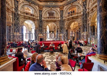 The café inside Kunsthistorisches Museum. Vienna Austria - Stock Photo