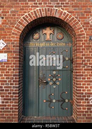 Tür von der St. Matthias Kirche, Jork, Landkreis Stade, Niedersachsen, Deutschland - Stock Photo