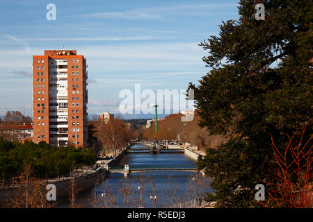 View looking north along Manzanares River from Virgen del Puerto Gardens, Madrid, Spain - Stock Photo