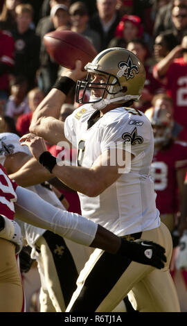 San Francisco, California, USA. 14th Jan, 2012. New Orleans Saints quarterback Drew Brees (9) on Saturday, January 14, 2012 at Candlestick Park, San Francisco, California. The 49ers defeated the Saints 36-32. Credit: Al Golub/ZUMA Wire/Alamy Live News - Stock Photo