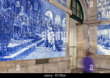 Sao Bento station with traditional portugese tiles Azulejos representing Portugal history, Porto - Stock Photo