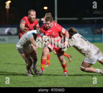 Coventry, UK. 8th December 2018.  Scott Tolmie on the charge for Coventry during the Championship Cup match played between Coventry rfc and Doncaster Knights rfc at the Butts Park Arena, Coventry. Credit: Phil Hutchinson/Alamy Live News - Stock Photo