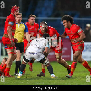 Coventry, UK. 8th December 2018.  George Oram on the charge for Coventry during the Championship Cup match played between Coventry rfc and Doncaster Knights rfc at the Butts Park Arena, Coventry. Credit: Phil Hutchinson/Alamy Live News - Stock Photo