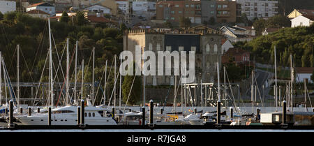 Panorama of one of the marinas of Porto and the Douro River, this one in the Vila Nova de Gaia side, on the morning of September 22, 2012 - Stock Photo