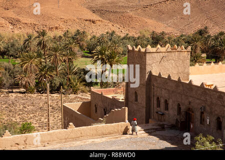Morocco, Ziz River Gorge, Guers Tiallaline, Kasbah style guest house - Stock Photo