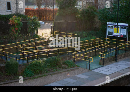 Disabled access ramp to Bradford on Avon railway station, - Stock Photo