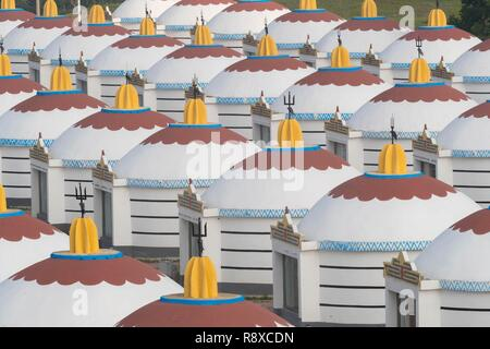 China, Inner Mongolia, Hebei Province, Zhangjiakou, Bashang Grassland, Hotel with yurts - Stock Photo