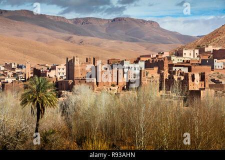 Morocco, Dades Gorge, Ait Ouglif village old mud Kasbahs near Tamellalt in High Atlas mountains - Stock Photo