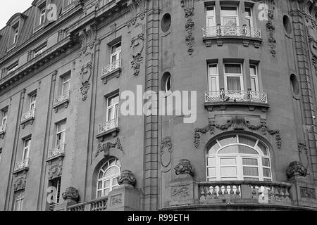 MONTERREY, NL/MEXICO - NOV 10, 2003: Facade detail of the Ancira hotel (built 1909), at the Macroplaza - Stock Photo