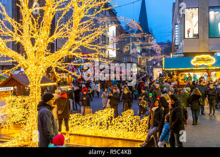 Christmas market in the city center of Essen, Kettwiger Straße, shopping open Sunday, Germany - Stock Photo