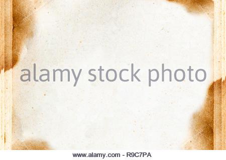 Altes vergilbtes Papier, dass als Hintergrund geeignet ist - Stock Photo