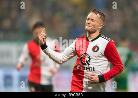 The Hague, Netherlands 23 december 2018 Soccer Dutch Eredivisie: ADO Den Haag v Feyenoord     L-R: Sam Larsson van Feyenoord Credit: Orange Pictures vof/Alamy Live News - Stock Photo