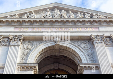 Fragment of facade of Saint Stephen Basilica, largest roman catholic church in Budapest, Hungary. Inscription in latin: I am the way the truth and the - Stock Photo