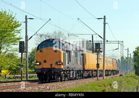 A pair of class 37 diesel locomotives numbers  37602 and 37607 top and tailing a test train along the Great Eastern Mainline at Marks Tey. - Stock Photo