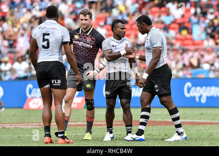 Spotless Stadium, Sydney, Australia. 2nd Feb, 2019. HSBC Sydney Rugby Sevens; England versus Fiji; players shake hands at the end of the game Credit: Action Plus Sports/Alamy Live News - Stock Photo
