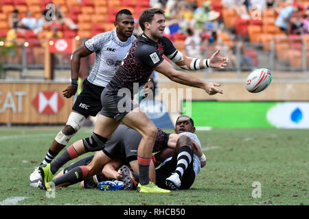 Spotless Stadium, Sydney, Australia. 2nd Feb, 2019. HSBC Sydney Rugby Sevens; England versus Fiji; Harry Glover of England passes the ball Credit: Action Plus Sports/Alamy Live News - Stock Photo