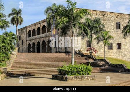 Große Antillen, Karibik, Dominikanische Republik, Santo Domingo, Zona Colonial, Kolumbus Haus in der kolonialen Altstadt von Santo Domingo - Stock Photo