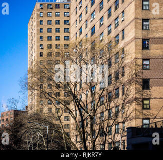 The massive NYCHA Elliot Houses complex of apartments in Chelsea in New York is seen on Thursday, January 31, 2019. NYCHA and HUD are reported to have reached a tentative agreement to oversee the embattled housing authority with a federal monitor. (© Richard B. Levine) - Stock Photo