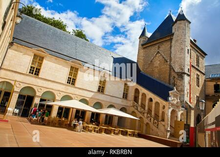 Tour de Bar, Musée des Beaux-Arts, Dijon, Côte d´Or, Burgundy Region, Bourgogne, France, Europe - Stock Photo