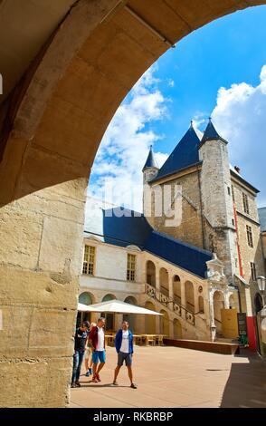 Tour de Bar, Musée des Beaux-Arts, Dijon, Côte d´Or, Burgundy Region, Bourgogne, France, Europe - Stock Photo