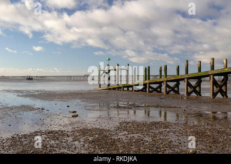 Jetty on Jubilee beach, Southend-on-Sea, Essex, England - Stock Photo