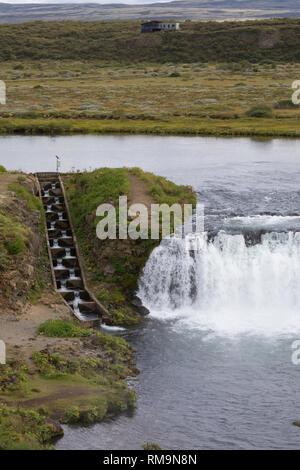 Faxi-Wasserfall, Vatnsleysufoss, Faxafoss, Fluß Tungufljót, Lachsfluß mit Fischtreppe, Fischpass, Fischwanderhilfe, fish pass - Stock Photo