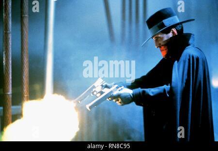 ALEC BALDWIN, THE SHADOW, 1994 - Stock Photo