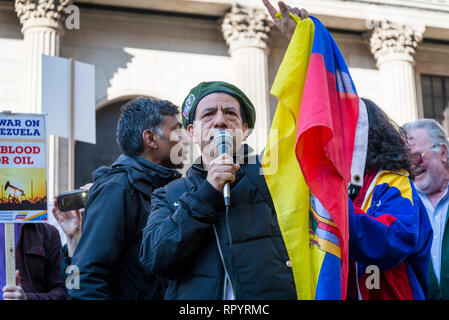 London, UK. 23rd February, 2019. Protest organised by Venezuela Solidarity Campaign in front of the Bank of England demanding that the Bank of England returns the gold to Venezuela, London, UK 23/02/2019 Credit: Bjanka Kadic/Alamy Live News - Stock Photo