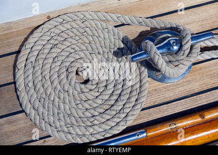 classic, boat, yacht, coiled, rope, deck, sheet, cleat, - Stock Photo