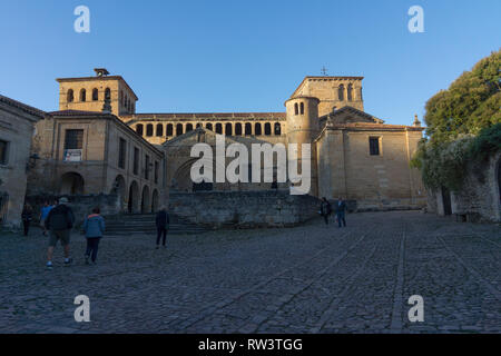 La colegiata de Santa Juliana de Santillana del Mar, Santillana Del Mar Collegiate Church, a Spanish property of cultural interest, Romanesque church - Stock Photo