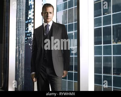 GABRIEL MACHT, SUITS : SEASON 1, 2011 - Stock Photo