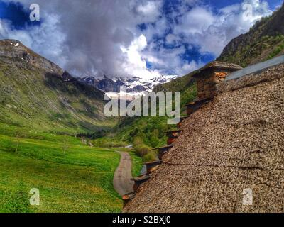 Old house, Troumouse Circus, Hautes-Pyrenees, Occitanie France - Stock Photo